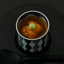 牡蠣と白味噌の茶碗蒸し