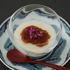 新玉ねぎのピュレ 赤味噌のジュレ
