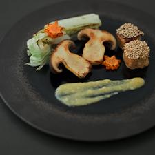 Vegan menu<br>粟麩の田楽  白菜とキノコのハーブ焼き  麹ドレッシング