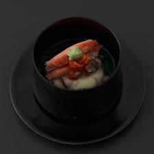 香箱蟹  百合根饅頭  銀餡  椎茸  菊菜  山葵