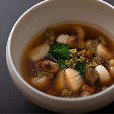 小柱と大豆の春香煮 蕗の薹 菜花 赤味噌の上澄み