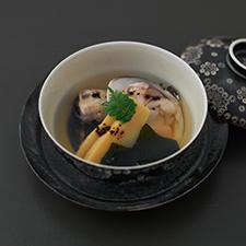 蛤潮仕立て  竹の子  若布  豆豉  木の芽