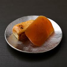 【一品おつまみ】自家製からすみ、チーズの白粒味噌漬け