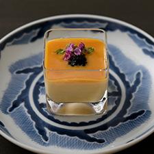 【お凌ぎ】冷製茶碗蒸し 酒盗ソース キャビア 花穂