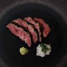 【強肴】鹿児島黒牛酒粕焼き 刻みラッキョウ