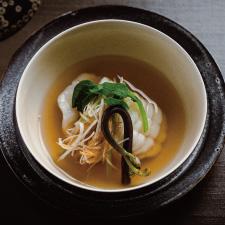 【お碗】鮎魚女葛打ち 沢煮仕立て 蕨 つる菜