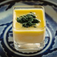 【お凌ぎ】冷製茶碗蒸し ゴールドラッシュのピュレ モロヘイヤ