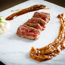 【強肴】鹿児島黒牛のフィレステーキ 二色味噌ソース 有機豆乳を使用したマッシュポテト